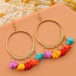 3/$30 💛 Colorful Ruffle Earrings